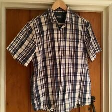 Used men's check short sleeve shirt size med  from easy 42 inc  chest