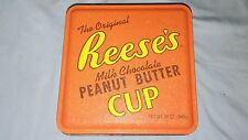 Reese's Peanut Butter Cup Hershey Tin 6 x 6in 2004
