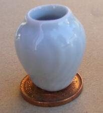 1:12 Scale White Ceramic Patterned Vase Tumdee Dolls House Flower Ornament W35