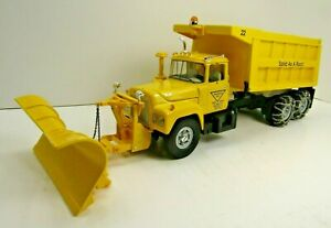 MACK DUMP TRUCK +SNOW  PLOW RARE FIRST GEAR Triangle Sand & Gravel 1/34 scale