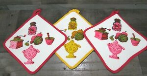 Waffle Weave Hot Pad Lot Red Yellow Tea Grinder Fruit Retro Kitsch MCM Vintage
