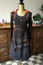 Robe Funky Fresh Taille 1/36/38 Manches Longues á Capuche Neuve