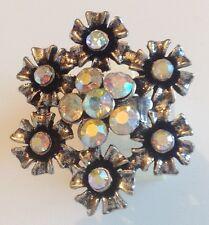 bague couleur argent fleur relief cristaux à facette boréalis  4039