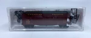 Micro-Trains 04900530 N Canadian Pacific 40' Double Sheathed Wood Reefer #5609