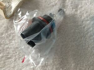 1984-1998 Ford Headlamp Bulb  E5LY-13NO21-A bulb 9004