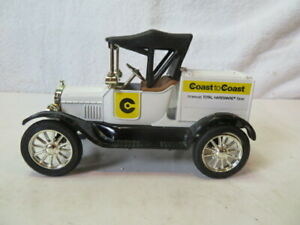 Ertl. 1918 Model T Coast to Coast Hardware Truck with Locking bank Die-Cast