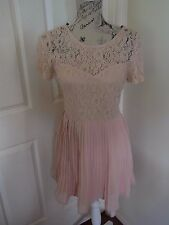 BNWT Forever 21 Pink Lace Cocktail Evening Bridemaid Wedding dress Size M 10