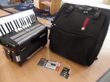 Akkordeon HOHNER Bravo III 96 Bass schwarz  mit Gigbag, 3 Chörig