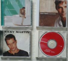 5 CDs preowned - 2 Julio Iglesias and 3 Ricky Martin
