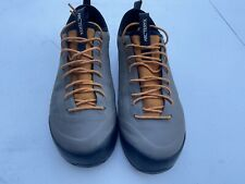 New listing Arc' Teryx Shoes Mens Size 10.5 M Sneakers Hiking EUC Arcteryx Vibram
