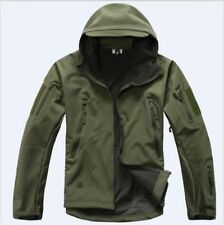 Polyester Soft Shell Coats & Jackets for Men