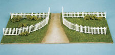 Wills SS45 - Rustic & Picket Fencing 16mm High '00' Gauge Plastic Kit - 1st Post