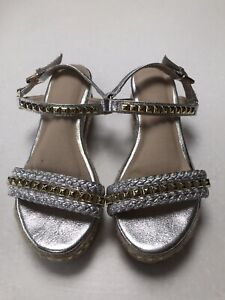 Ladies Gold/Silver Sandals Size 4