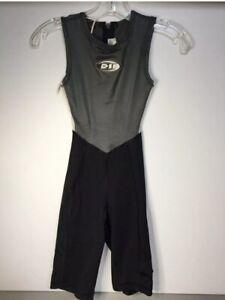 De Soto Sport Co.  women triathlon Full Bib suit small. Very Good Condition
