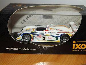 IXO AUDI R8 TEAM CHAMPION - LE MANS 2001