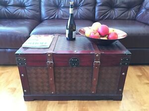 Brooklyn Park Large Wood Storage Trunk Wooden Hope Chest