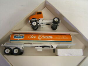 Winross Howard Johnson HOJO Ice Cream Tanker Tractor Trailer 1/64 Diecast