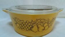 Pyrex Old Orchard Fruit 2.5 Quart Round Casserole Dish 475B Lid 475C Gold Brown