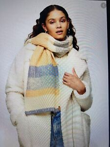 Topshop Striped Knitted Scarf Winter RRP £19.99 Blue Yellow Grey Cream