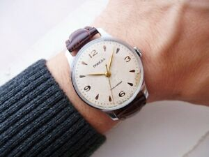 NICE RARE RUSSIAN OLD KIROVA POBEDA VINTAGE WRISTWATCH FROM 1950'S!