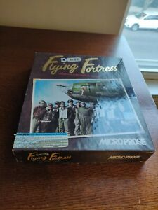 B-17 Flying Fortress (IBM PC MS-DOS, 1992)   MicroProse - Complete with Poster