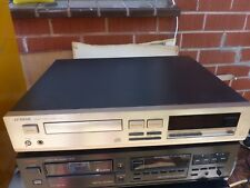 Luxman D 321 CD high end  stereo player