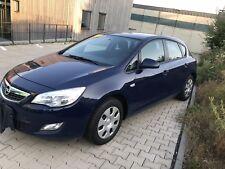 gepfl. Opel Astra j, Anhängerkupplung 1,4t 140 PS