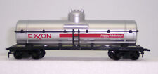 HO MODEL POWER EXXON  TANK CAR # 8105 CHEMICAL TANK W/ HORN HOOK COUPLERS
