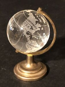 Earth Globe World Map Crystal Glass Round Desk Paperweight 2 1/4 spinning axis