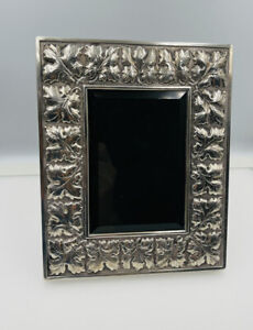 """Buccellati Italy Vintage Sterling Silver Leaf Pattern Picture Frame 6 1/2""""x8"""""""