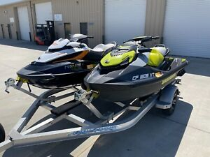 two seadoo jet skis 2020 GTR and 2015 RXT 17/30 hours
