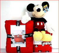 5/ 6 pc - Disney MICKEY MOUSE Quilt + Sham + Sheet Set + Mickey Plush Pillow RED