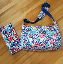 Large Vera Bradley floral Diaper Bag with Changing Pad Mat Blue White