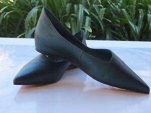 Pre-Owned -Dark Green Cowhide Flat Shoes - As new Very little Wear &Tear