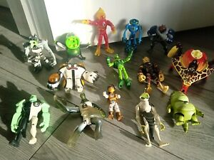 Ben 10 action figures bundle /Collection 14 in total.