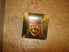 "Large square metal button with picture ""Pirates of the caribbean"""