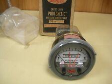 Dwyer 3005 Photohelic Pressure Switch Gage Series 3000 , NIB