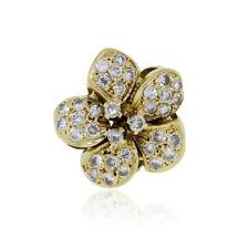 18k Yellow Gold 0.70ctw Diamond Flower Ring