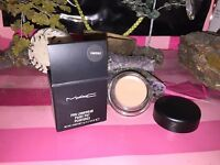 """MAC Cosmetics paint POT """" PAINTERLY  """" original NEW IN BOX from a mac store"""