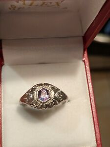 NATURAL EARTH MINED RUSSIAN ALEXANDRITE RING