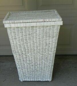 Vintage White Wicker Laundry Basket Hamper With Lid.