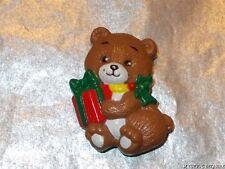 VINTAGE 80'S RUSS TEDDY BEAR HOLDING GIFT PLASTIC BROOCH