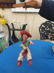 Belle marionnette très ancienne / Tête et mains en celluloïd/ signé Jean Chilaud