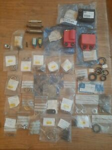 Vespa Piaggio NOS parts Job Lot.V50 PX T5 VE .