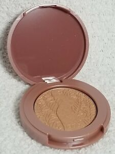 Tarte IDOL 12-Hour Amazonian Clay Highlighter Compact Nude Shine .05 oz/1.5g New