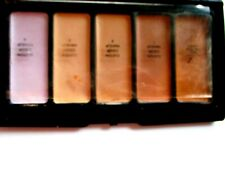 SIGNATURE CLUB Adrienne Arpel Master Makeover  Kit #1 in Compact w/Mirror