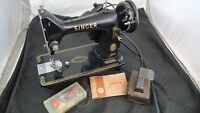 1956 Vintage Singer 99K Portable Sewing Machine Model 99-31