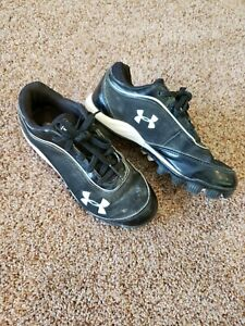 boy baseball cleats size 2, Under Armour baseball shoes 2 boy youth