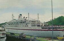 Croisières Paquet paquebot RHAPSODY ex STATENDAM in Panama Canal