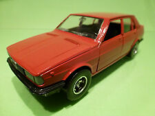 MEBETOYS  1:25   -  ALFA ROMEO GIULIETTA  HOTWHEELS -  IN GOOD CONDITION